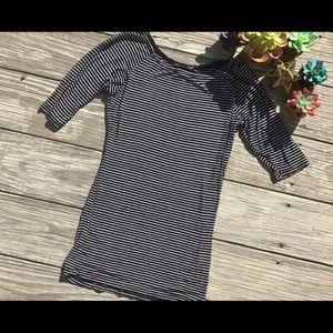 Women's black/white striped shirt S